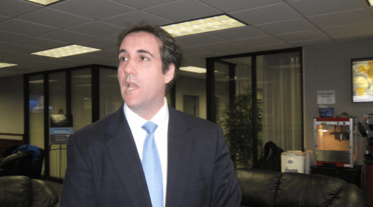 Michael Cohen denies discussing Trump with Tom Arnold